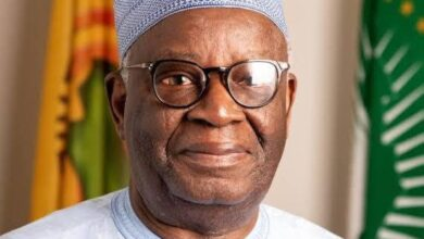 Photo of Prof. Gambari's achievements are gold standard, Gov Abdulrazaq says as he congratulates CoS on his 76th birthday